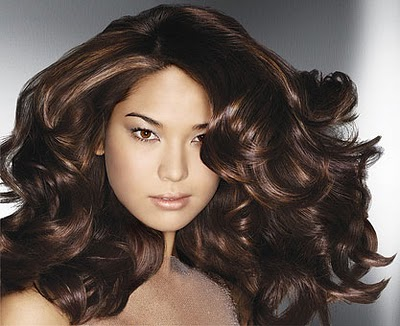 Voluminous Hairstyle Curls