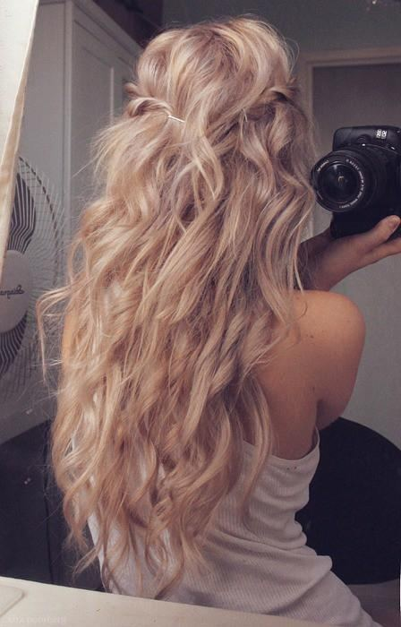 Lovely Wavy Hairstyle (bests of pinterest here)