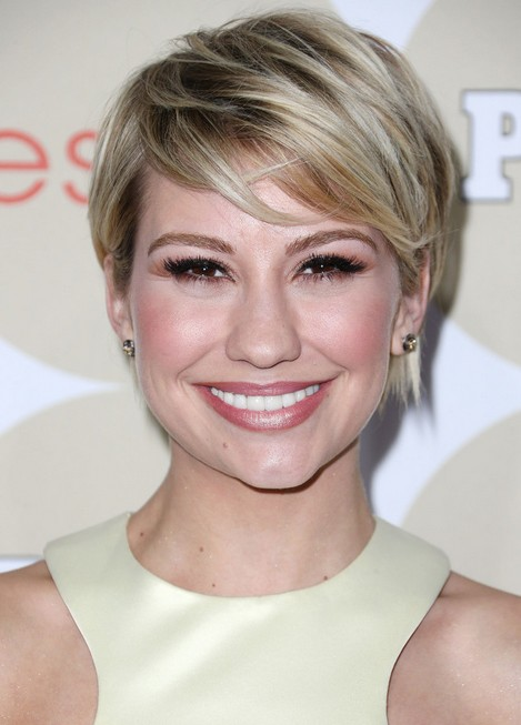 chelsea-kane-short-hairstyle-celebrity-short-hair-trends-chic-layered ...