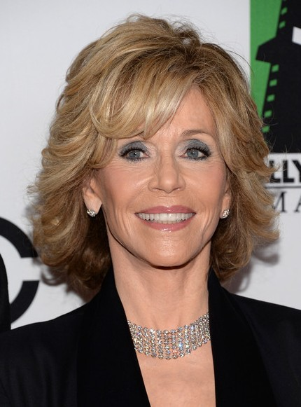 jane-fonda-short-hairstyle-layered-short-hair-style-mature-women-age ...