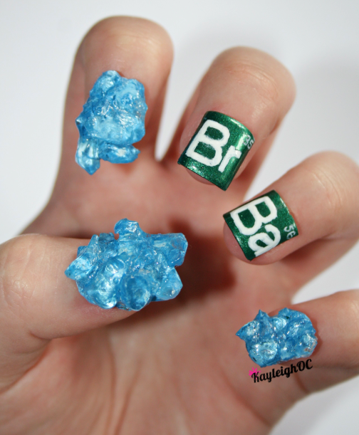39 Ultra-Geeky Nails