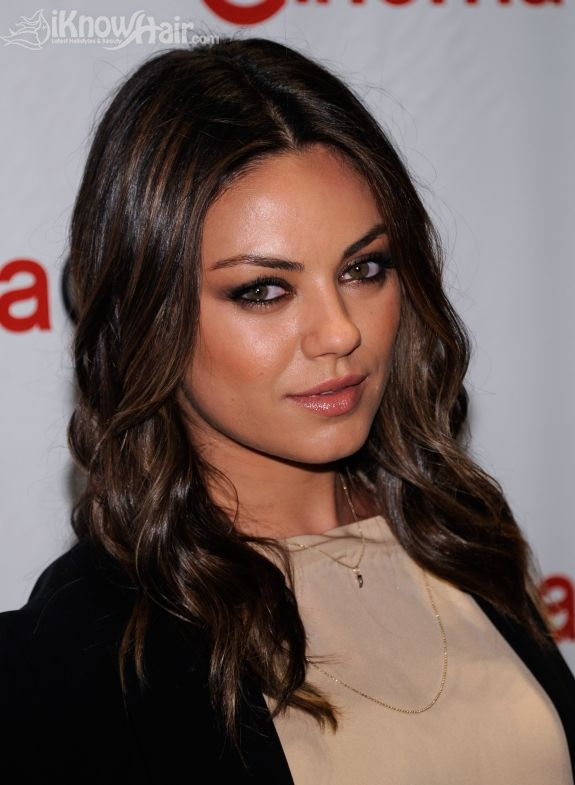 mila kunis hair mila kunis hairstyles short hair. Black Bedroom Furniture Sets. Home Design Ideas