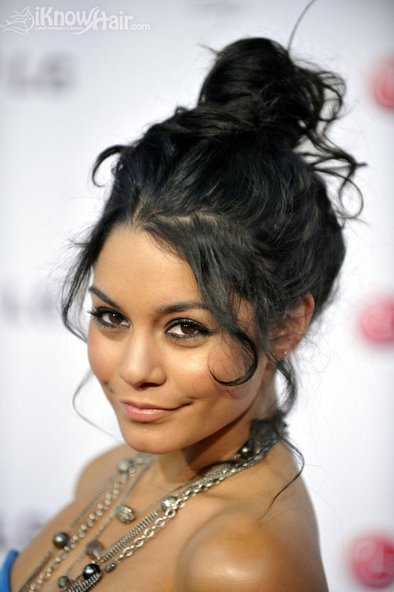 Fashion Makeup Hair Trends Latest Hairstyle Love Top Knot Bun
