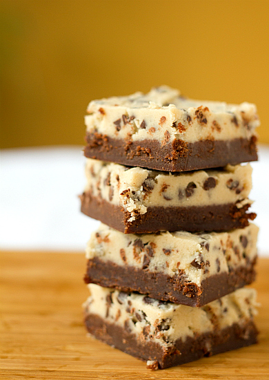 chocolate-chip-cookie-dough-brownies-1-550