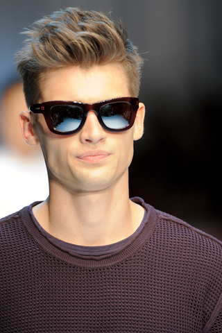 Mens Hairstyles 2011 : Mens Hairstyles 2011 Mens Hairstyles Short Mens Hairstyles Long ...