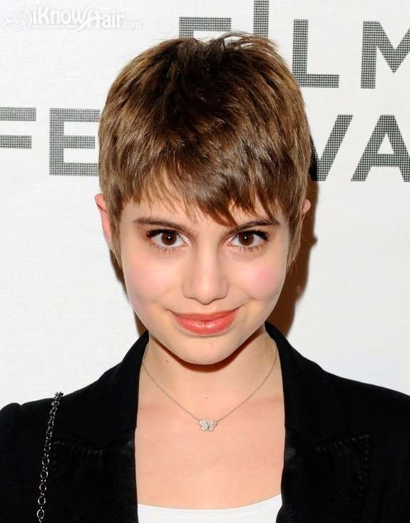 short-celebrity-hair-styles-04