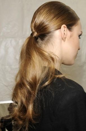 catwalk hair 2011 hair trends wavy pony