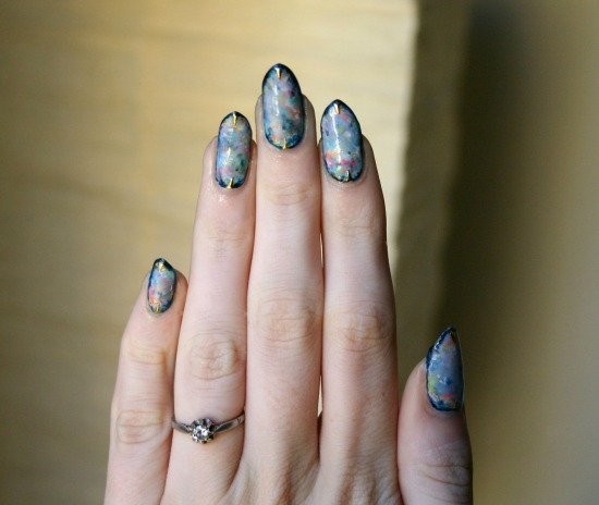 tiny-pictures-on-nails-nail-art25