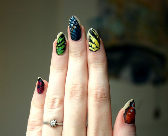 tiny-pictures-on-nails-nail-art7