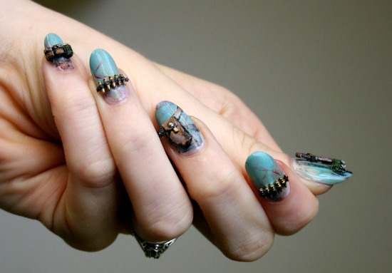 tiny-pictures-on-nails-nail-art9