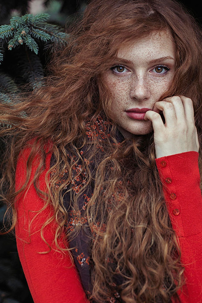 14 Stunning Redhead Portraits by Maja Topcagic