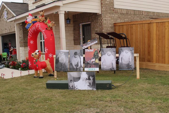 My Neighbor Got His Reindeer Decorations Stolen So They Put Out Grinch Ones Instead