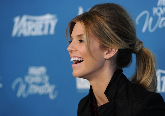 Anna Lynne McCord pony tail