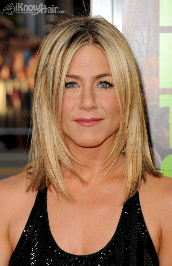 Jennifer Aniston S New Hairstyle Celebrity Hairstyles