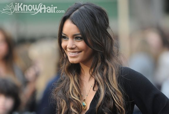 Ombre Hair Trend Dark Roots Light Ends Ombre Hairstyles