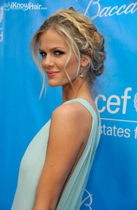 Best Holiday Hairstyles