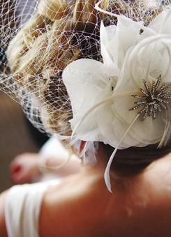 flower-wedding-hairstyles
